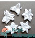 Бумажные цветы Лилии белые